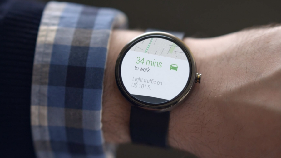 ساعت گوگل با احتساب ترافیک مدت زمان رسیدن شما تا مقصد را محاسبه می نماید .