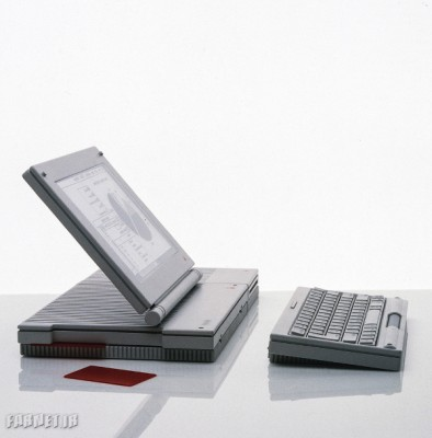 A-prototype-of-a-full-fledged-Mac-with-a-detached-keyboard