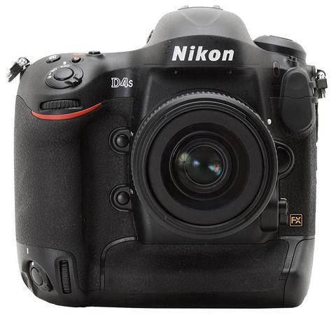 رونمایی از دوربین حرفهای D۴s شرکت نیکون