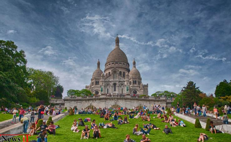 Montmartre-Photo-by-Konstantinos-Kouratoras-740x458