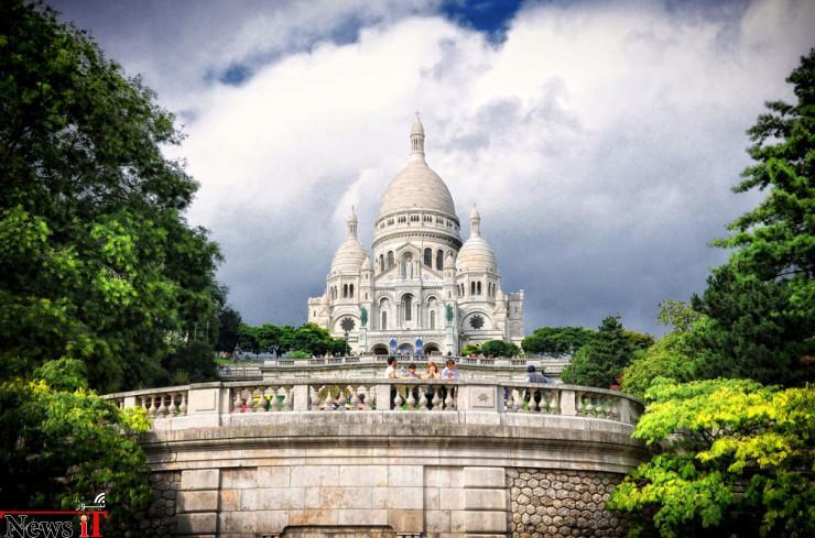 Montmartre-Photo-by-Viktor-Korostynski-740x489
