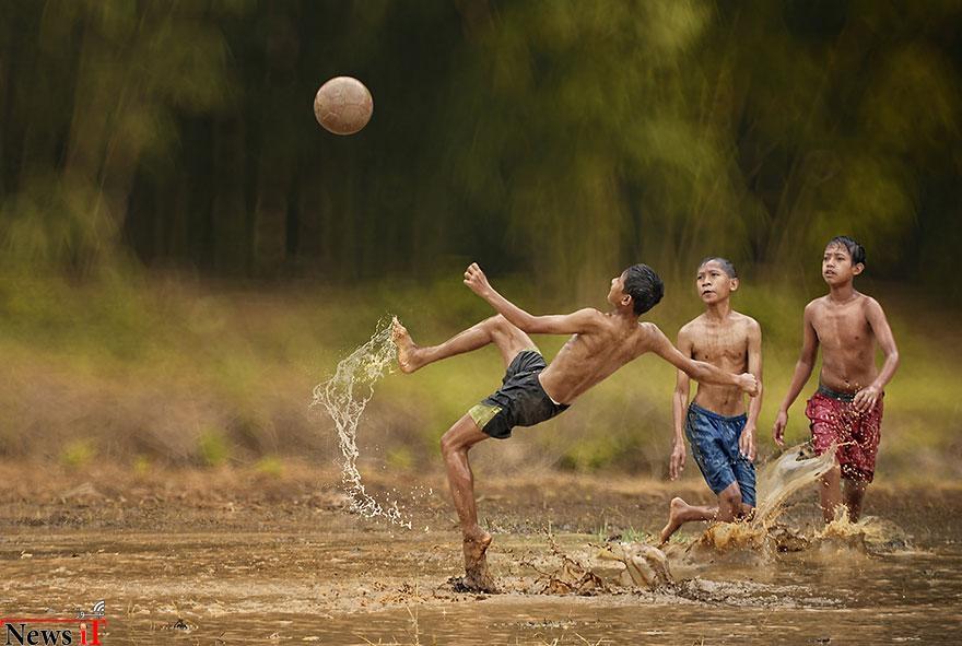 village-life-indonesia-herman-damar-9