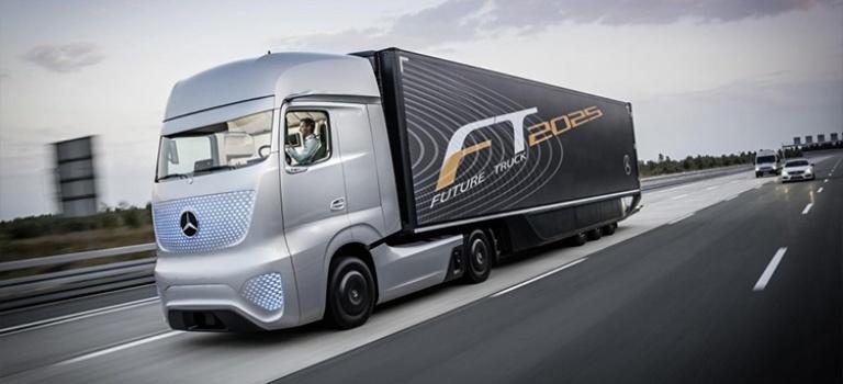 تماشا کنید: رونمایی مرسدس از بنز Future Truck 2025، کامیون هوشمند